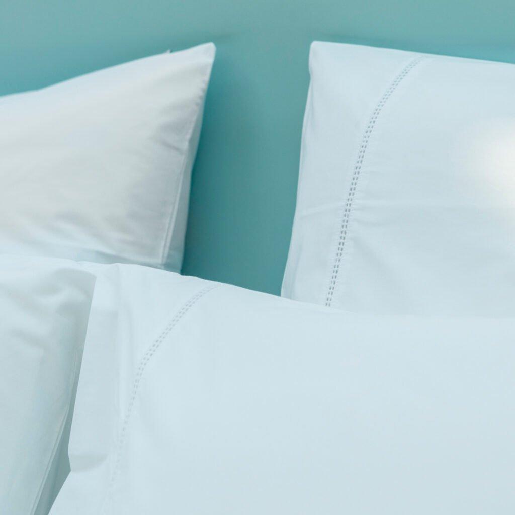 Cotton Percale Lace Trim Pillowcase snwo white 1