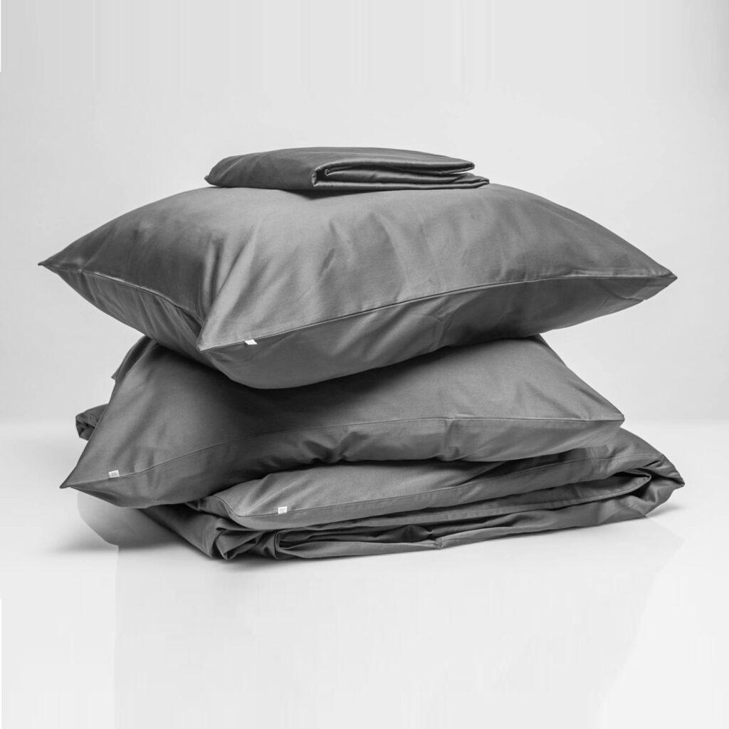 Cotton sateen bundle anthracite 1