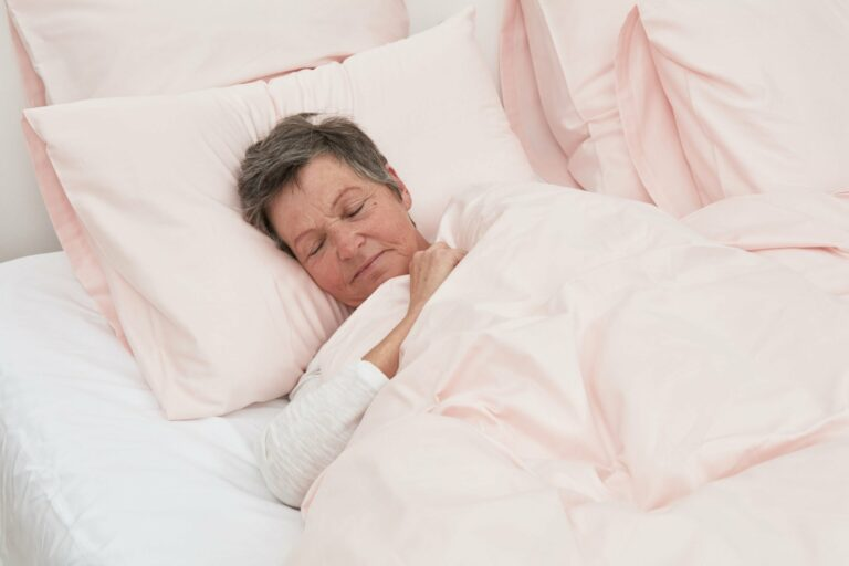 SLEEPING TIPS #7 : How to boost your immune system while sleeping better?