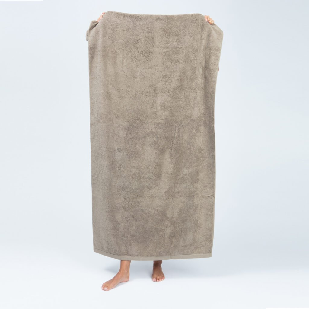 Luxury bath sheets taupe 1