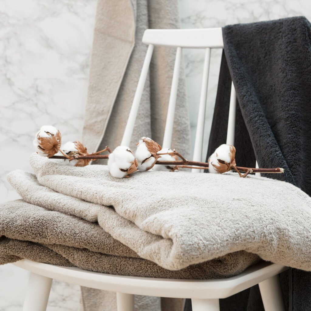 Luxury bath sheets taupe 4