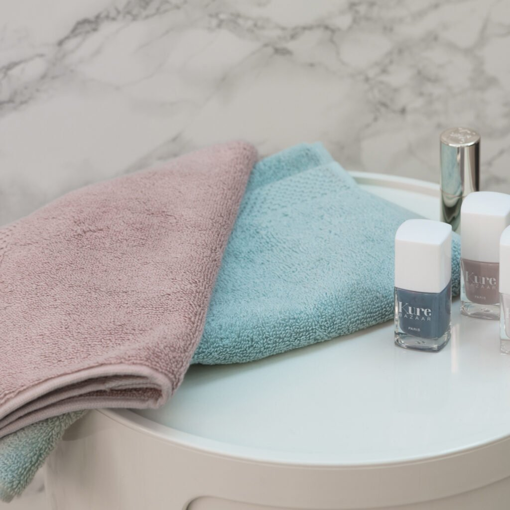 Luxury guest towel old pink 1