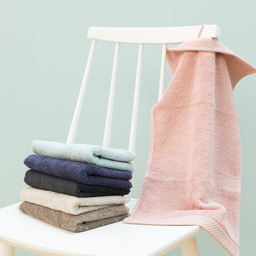 Luxury guest towel taupe 1