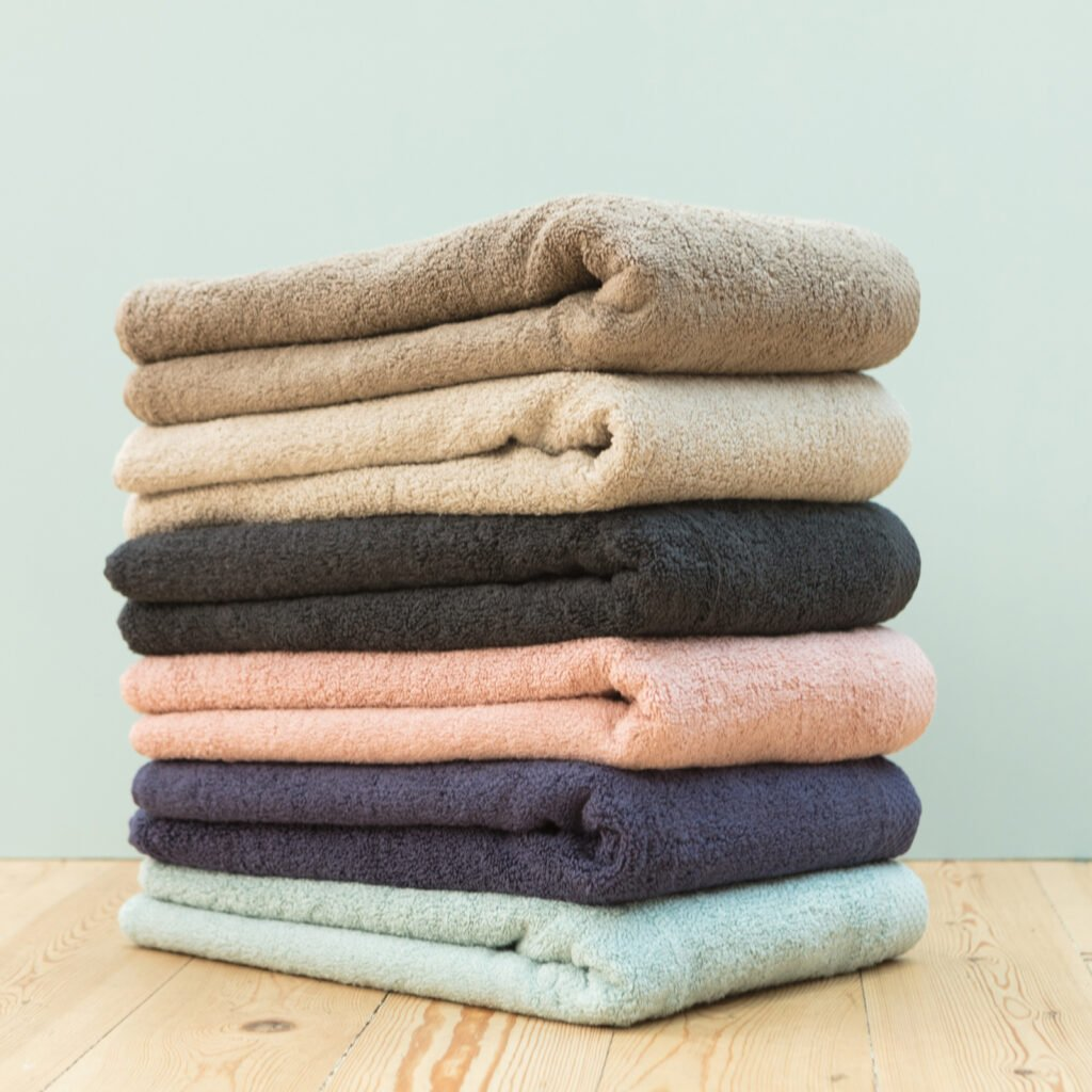Luxury hand towel taupe 2