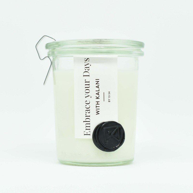 Duo Of Scented Candles With Cotton Flower White 2