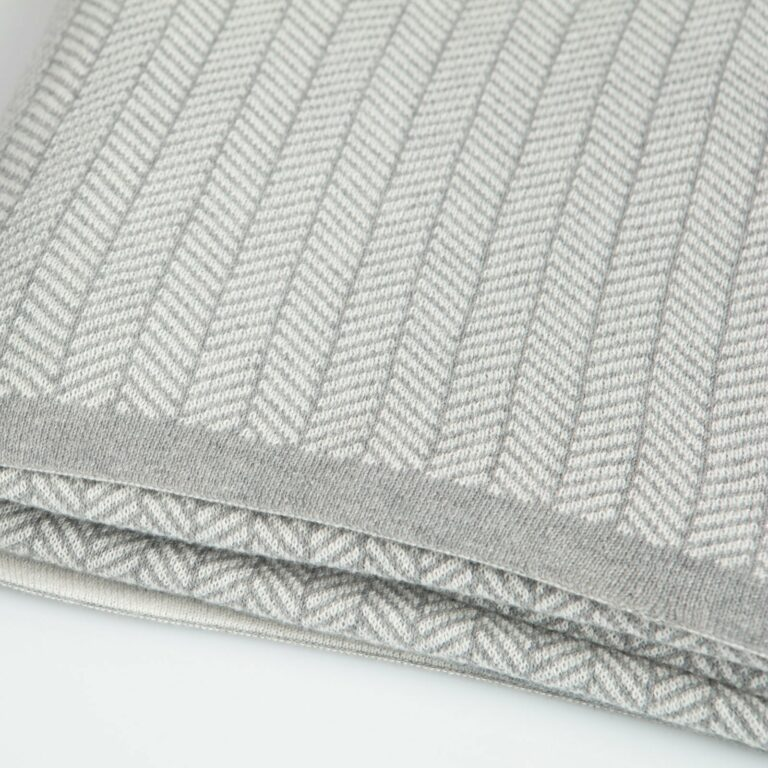 throw herringbone light grey melange+white 130x180 2